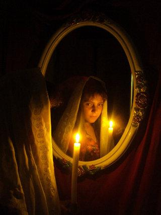 """Мария Юшина - """"Гадание при свечах"""""""