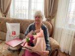 Труженицу тыла поздравили с 90-летним юбилеем в Уссурийске