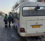 Сотрудники Госавтоинспекции проверили рейсовые автобусы в Уссурийске