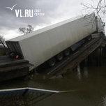 Адвокат и прокуратура одновременно обжалуют приговор водителю фуры, под которой обрушился Осиновский мост