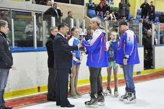 Церемония закрытия хоккейного турнира памяти Романа Клиза прошла в Уссурийске