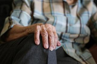 В Уссурийске пенсионер из револьвера пытался застрелить мужчину