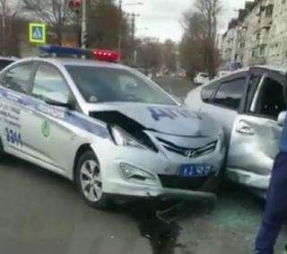 «Страсти кипят»: в Приморье произошло ДТП, которое стало обсуждаемым в Сети