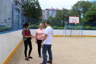 Новую хоккейную коробку построили в микрорайоне «Мелькомбинат»